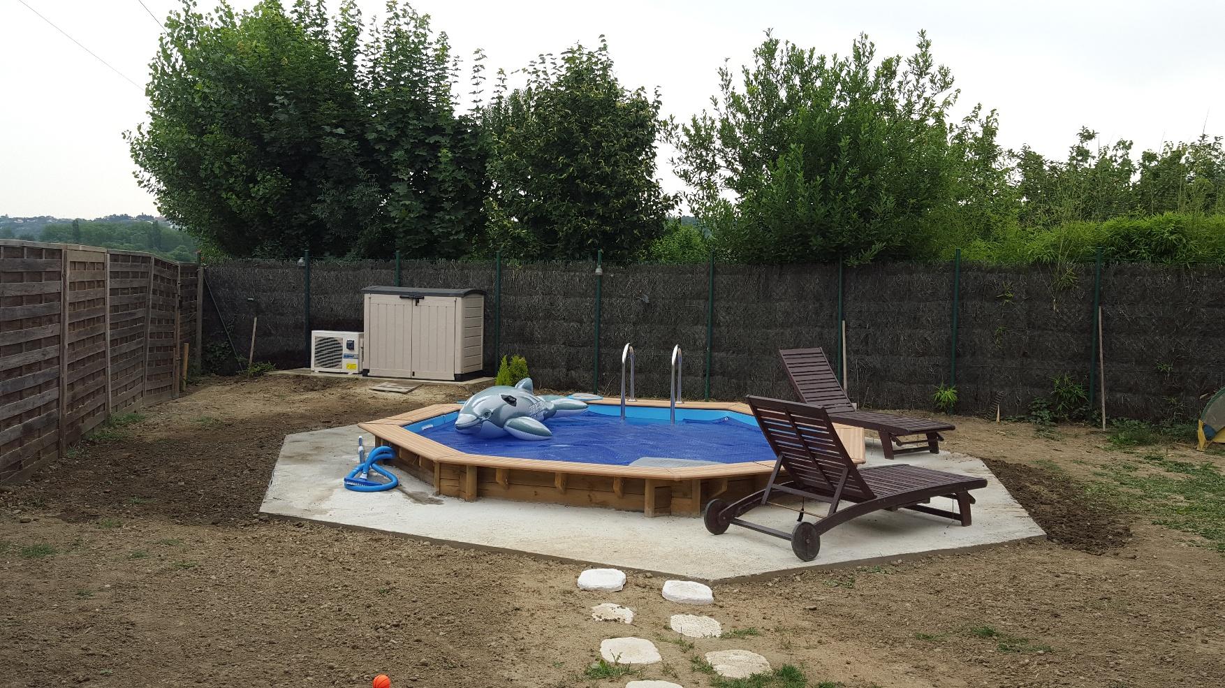 piscine bois semi enterr e hexagonale portet sur garonne. Black Bedroom Furniture Sets. Home Design Ideas